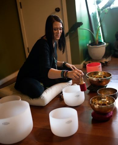 Nicole Jakubiak, Owner Radiant Life Holistic Wellness Center Leads Sound Bowl Meditation