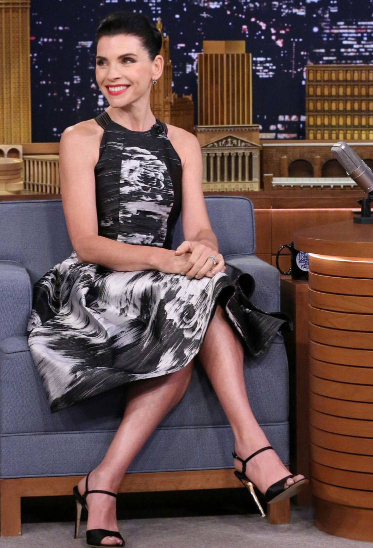 julianna-margulies-hilarious-sketch-late-night-with-jimmy-fallon-03.jpg