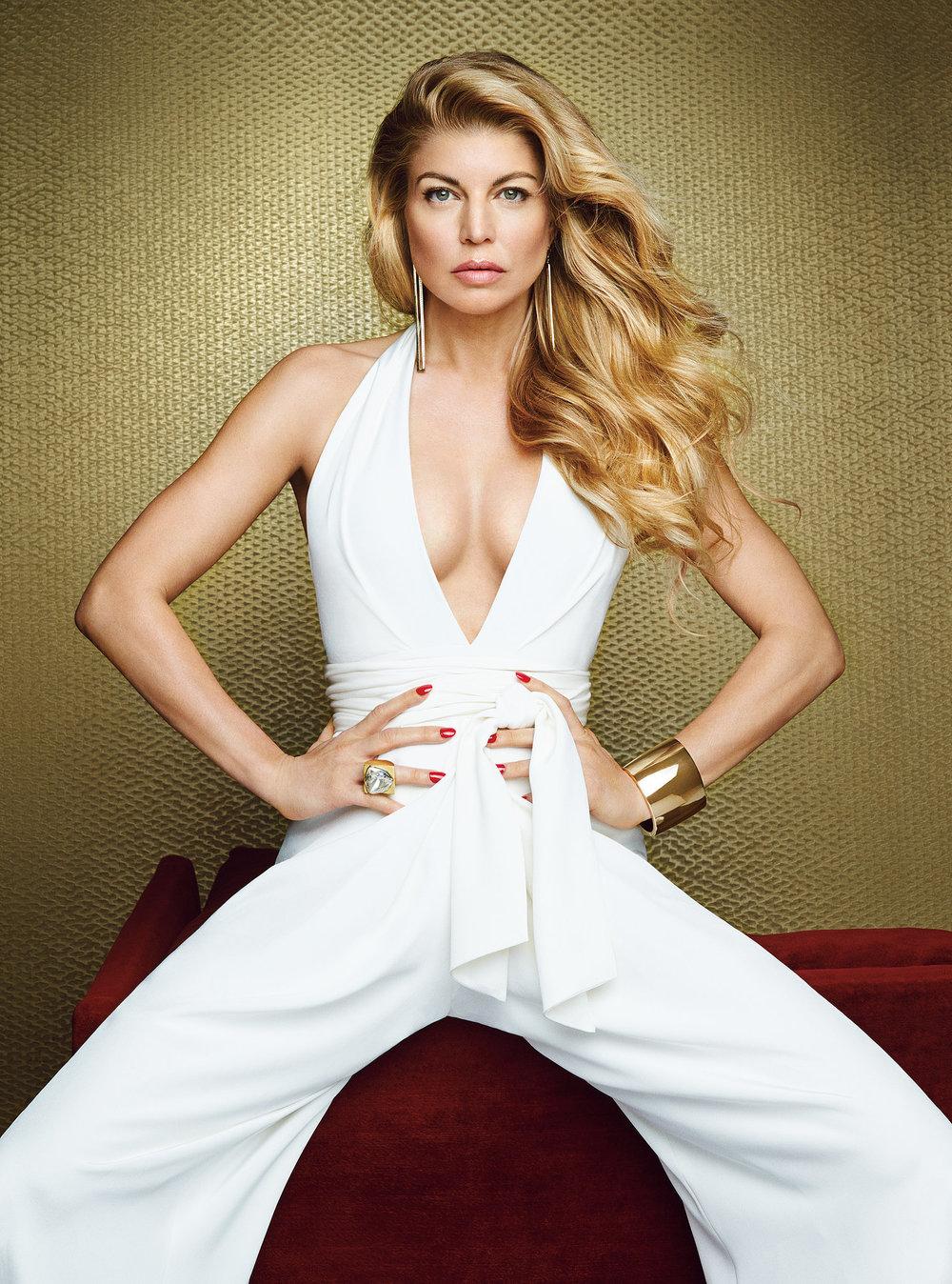 Fergie-Allure-Magazine-February-2015-Pictures3.jpg