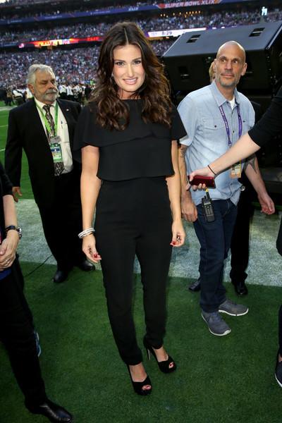 Idina+Menzel+Celebrities+Super+Bowl+XLIX+ip_PvRKYHWQl.jpg