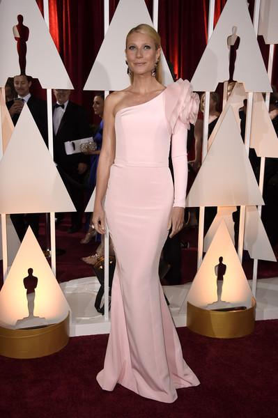 Gwyneth+Paltrow+Arrivals+87th+Annual+Academy+URj1IhD-LBxl.jpg