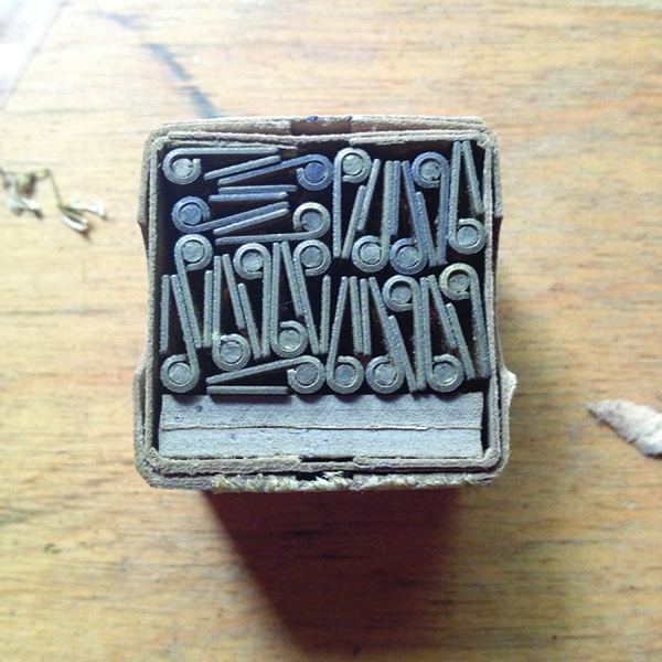 Box of hinges – or type?
