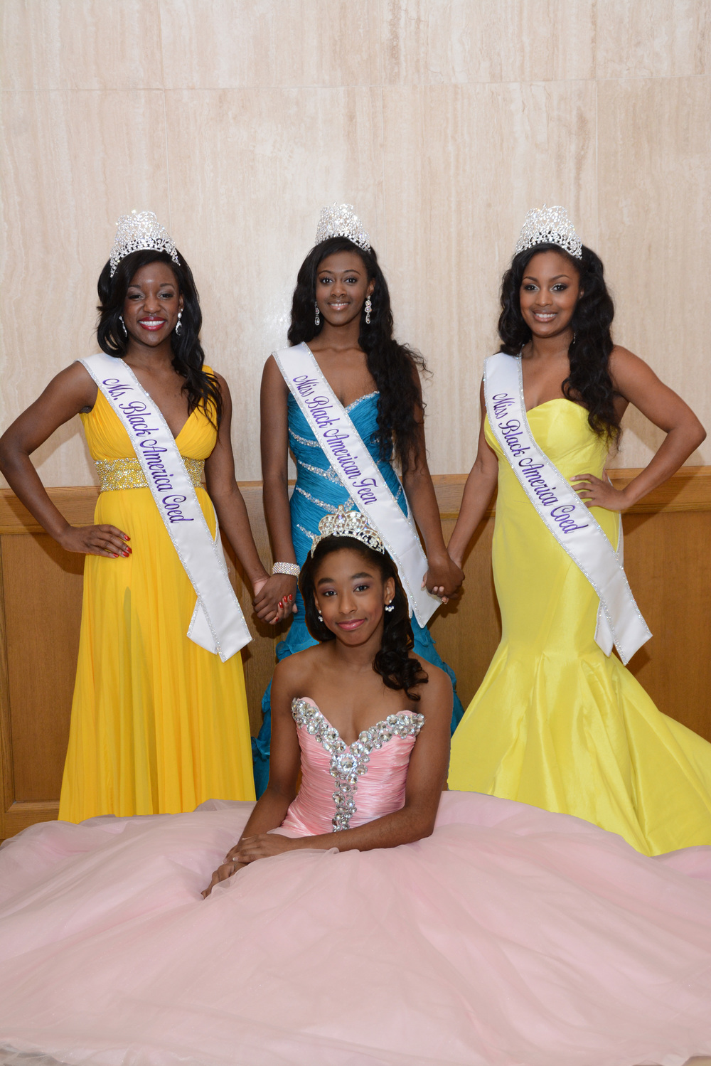 black preteen Miss Black America Coed 2015 queens Roneshia Ray (Miss), Kaylah Baker (Teen
