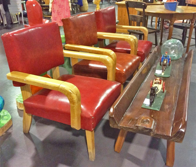 TorontoAntiqueAndVintageMarket_red-chairs.jpg - Toronto Antique & Vintage Market