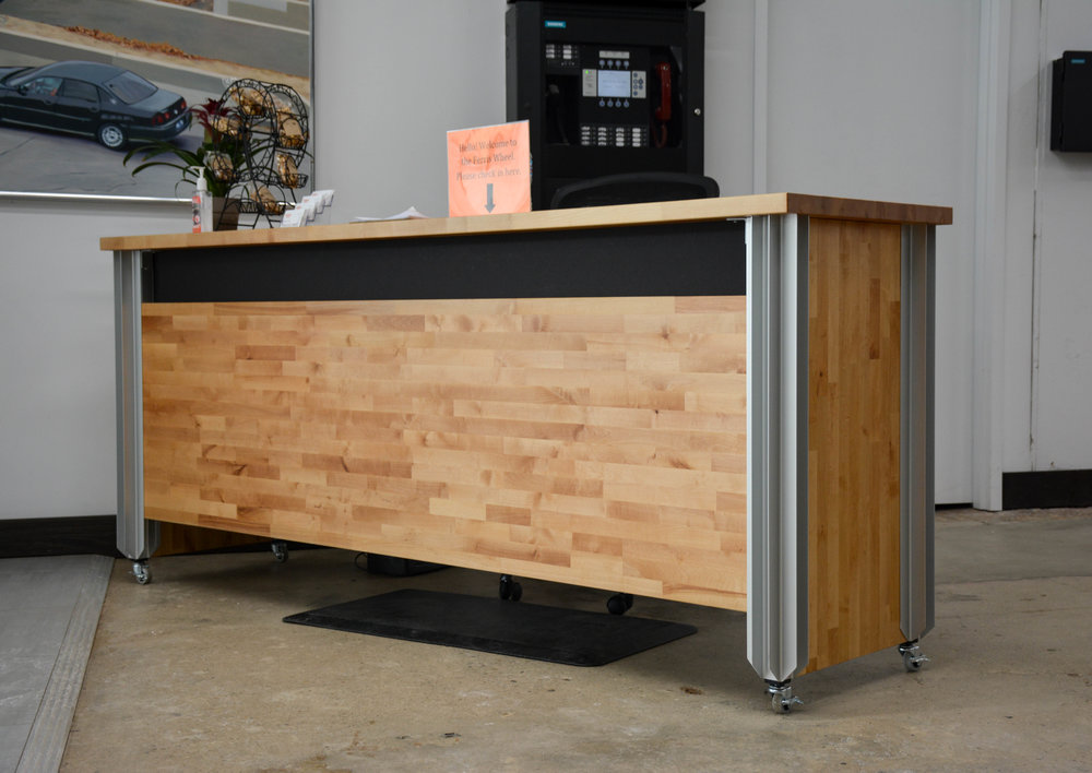 Desk (2 of 3).jpg