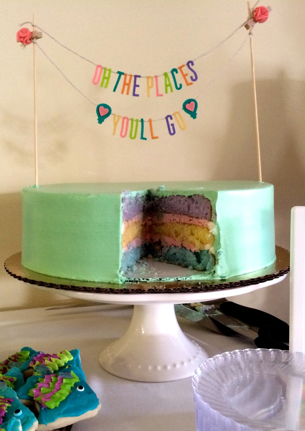 Oh, the Places You'll Go themed cake