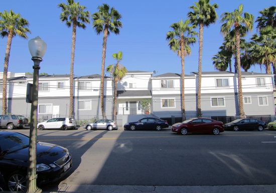 HOLLYWOOD  |  MULTIFAMILY