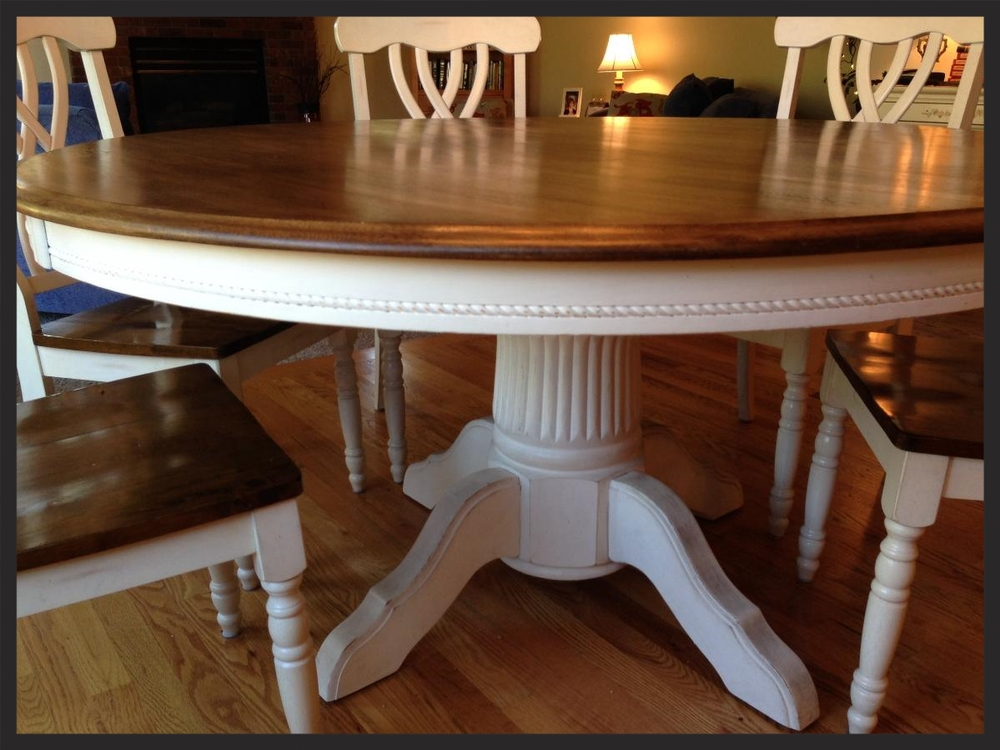 Refinished Oak Table With Chalk Paint, Antiqued, Distressed And Finished  With A Coat Of