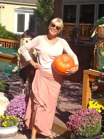 Wearing my Wanderer Long Skirt in Rose - Lovely fall day, full of mountain love - Veronique S
