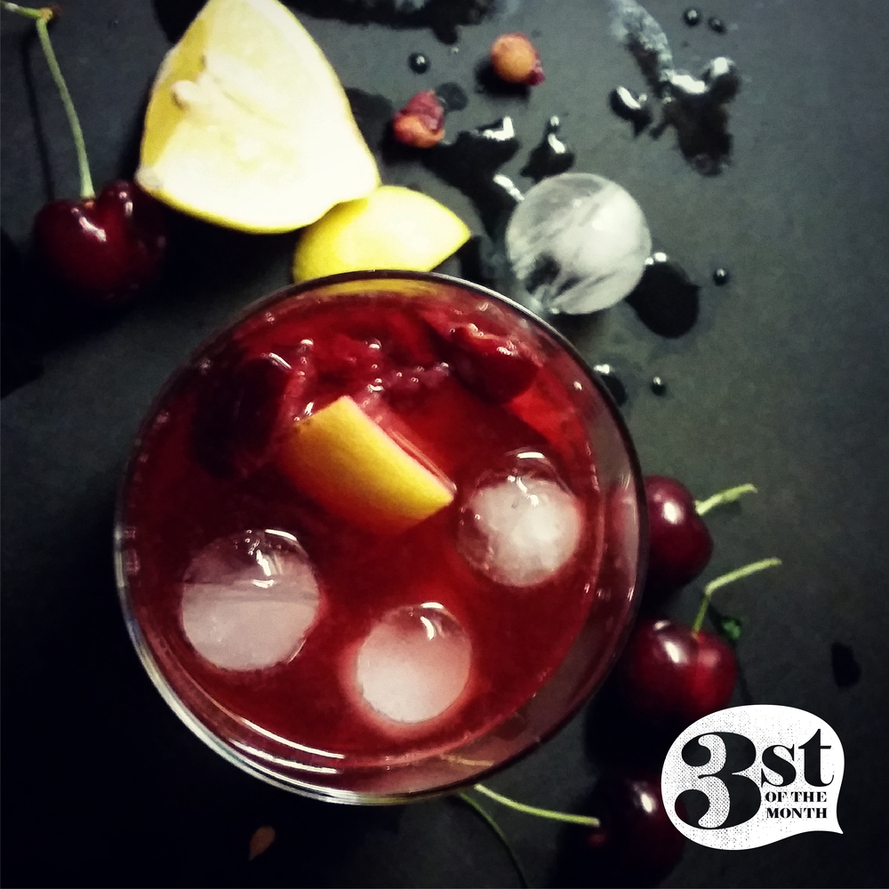 Smash fresh cherries and lemon, add Belle Meade Bourbon an gomme syrup, give it a shake and you've got the Mahogany from 3st of the Month