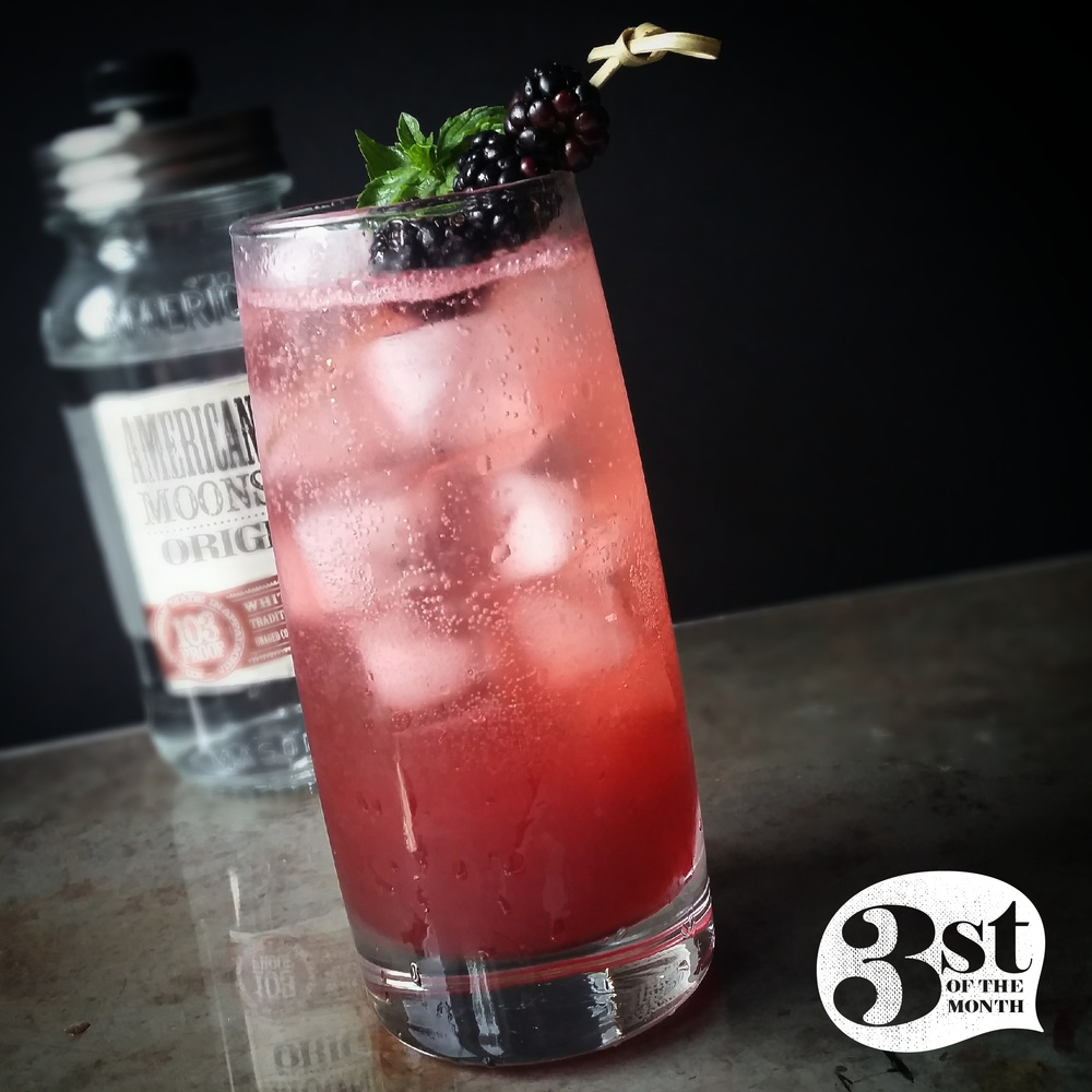 The Blackberry Pickin' moonshine cocktail from 3stofthemonth.com