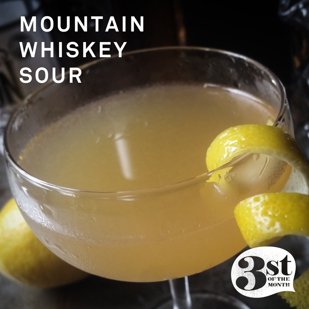 The Mountain Whiskey Sour - not too sweet, not too sour - just right!