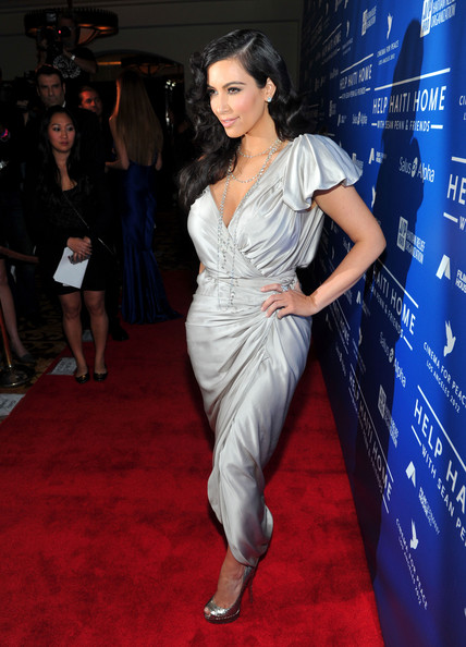 Kim+Kardashian+Cinema+Peace+Event+Benefitting+_36lvLk_32Rl.jpg
