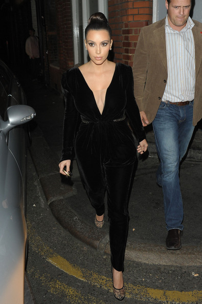 Kim+Kardashian+Kanye+West+Hakkasan+Restaurant+Rvo7EZeWVzul.jpg