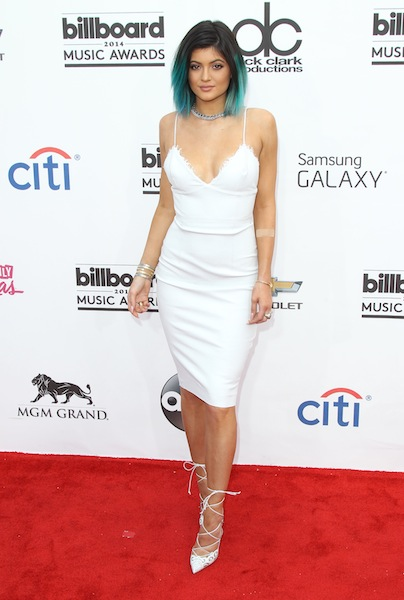 Kendall-Kylie-Jenner-Billboard-Music-Awards-201423.jpg