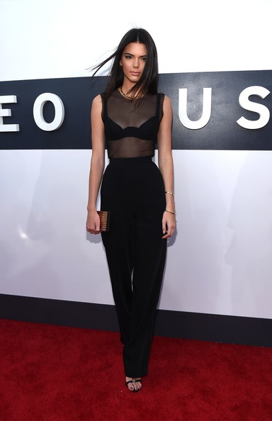 Kendall+Jenner+Arrivals+MTV+Video+Music+Awards+PlWK_iVPviJl-fixed.jpg