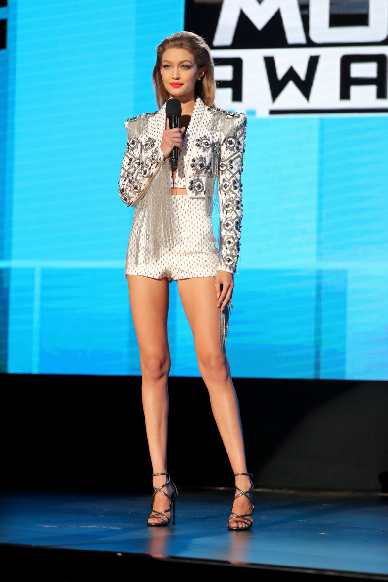 Gigi-Hadid-Styled-by-Monica-Rose_001.jpg
