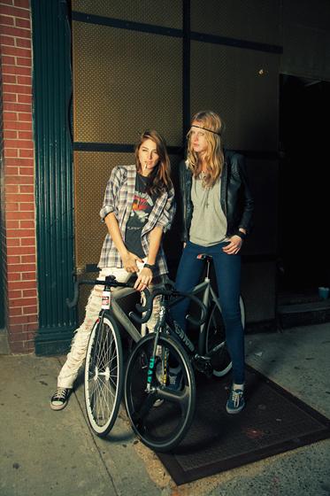 hipster_bikers4.jpg