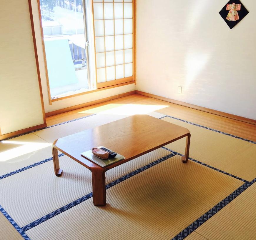 Zen Traditional Japanese Accomodation. Tatami floor.