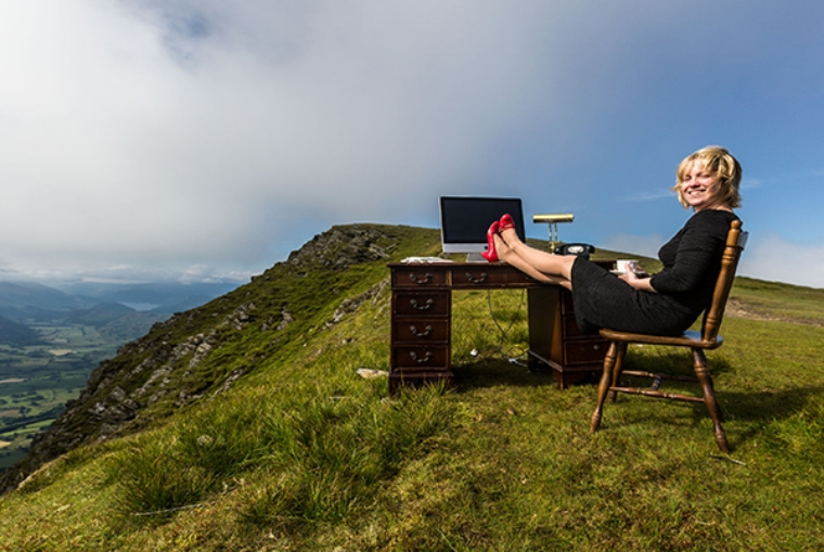 Sallys_Cottages_Move_Their_Office_To_The_Top_Of_Blencathra_3_BL.jpg