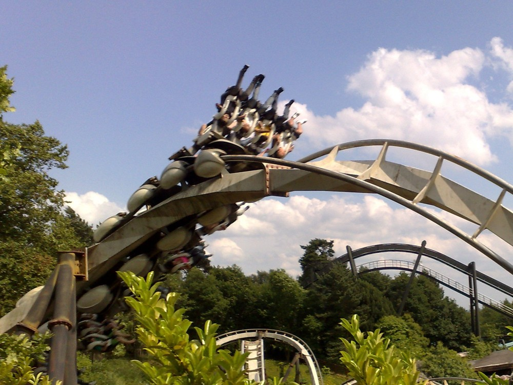 Nemesis_(Alton_Towers)_01.jpg