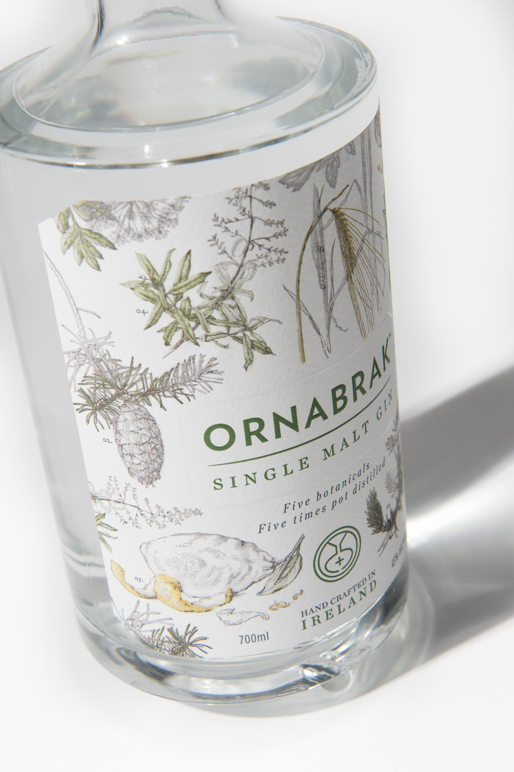 Ornabrak_Single_Malt_Gin_5_187127.jpg