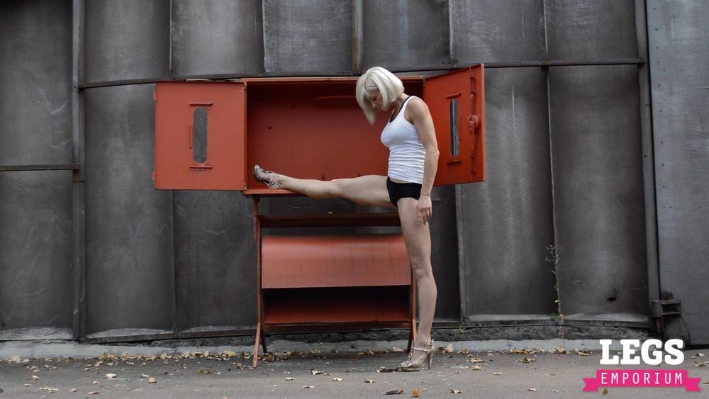 Olga V. - Lythe, Strong and Fit 1 5.jpg