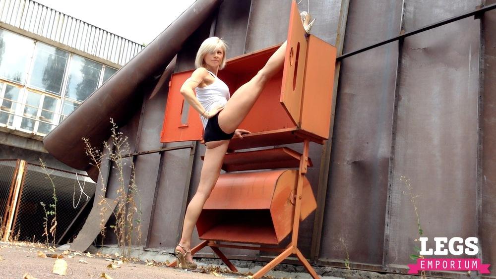 Olga V. - Lythe, Strong and Fit 2 1.jpg