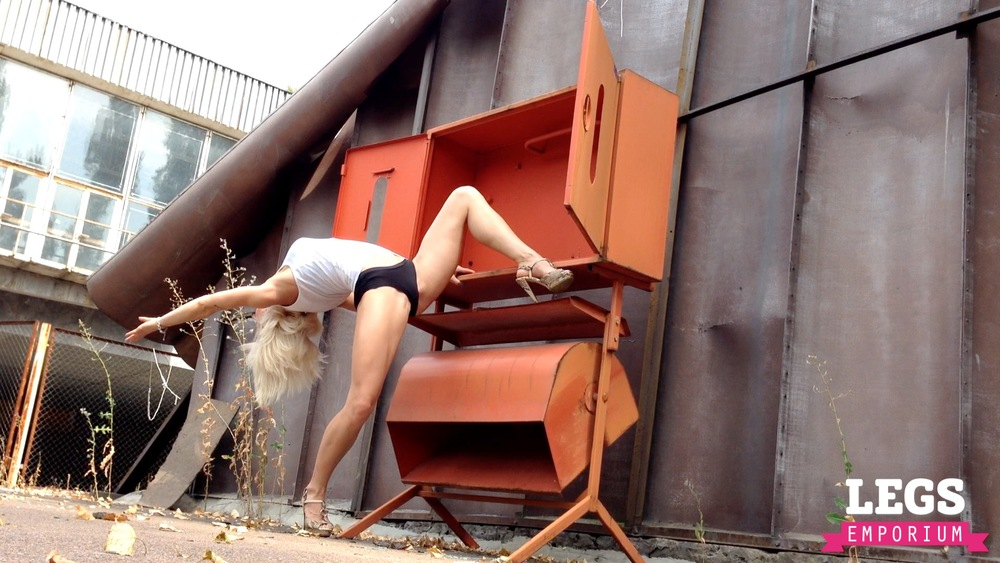 Olga V. - Lythe, Strong and Fit 2 3.jpg