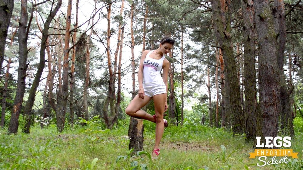 Elena - Leggy Forest Goddes 1 6.jpg