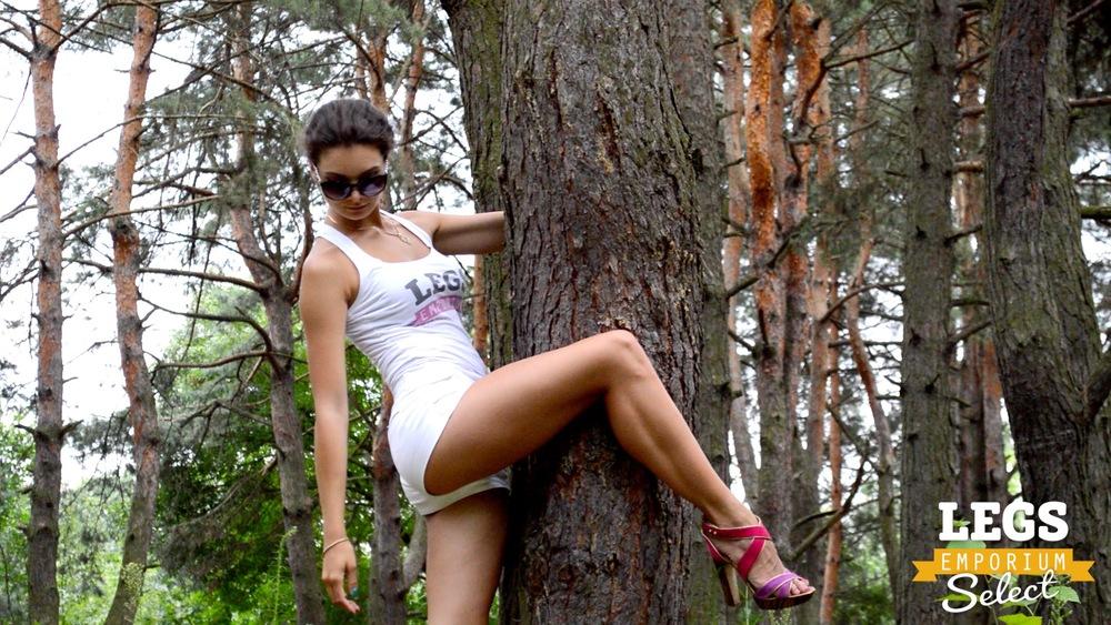 Elena - Leggy Forest Goddes 2 5.jpg