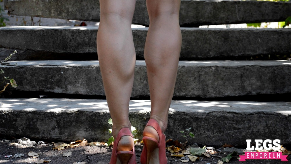 YE - Flexible and Leggy Ballerina 2 2.jpg