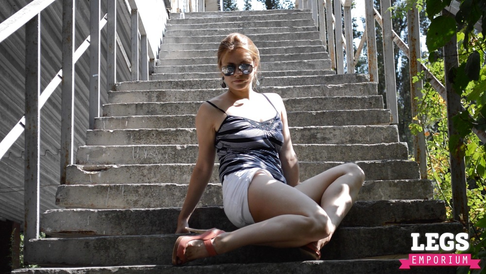 YE - Flexible and Leggy Ballerina 2 6.jpg