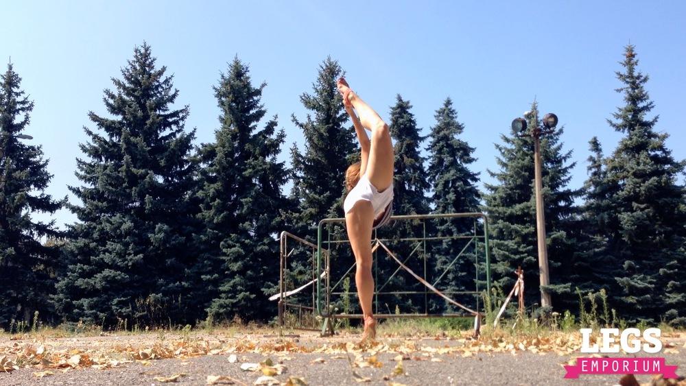YE - Flexible and Leggy Ballerina 3 5.jpg