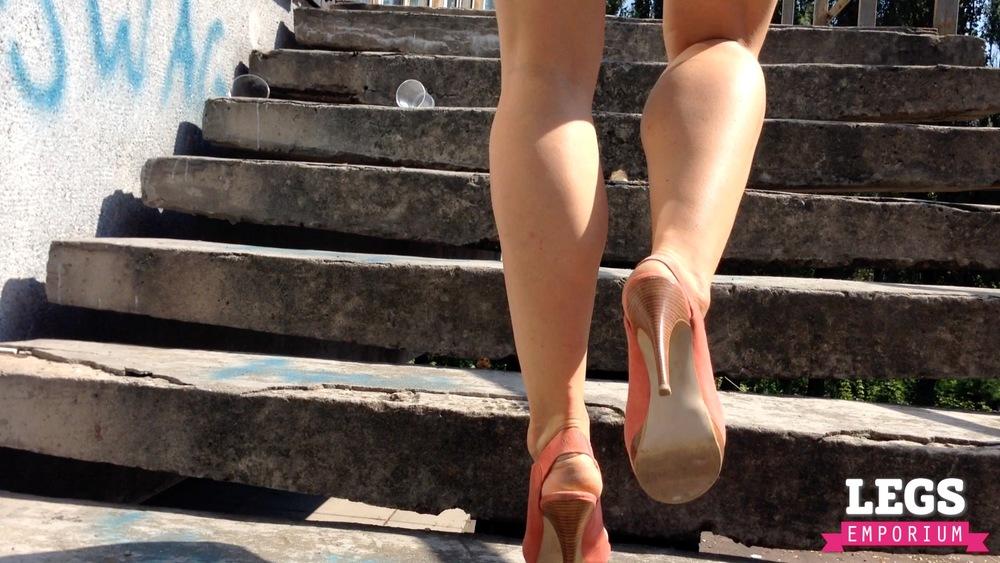 YE - Ballerina Calves to Amaze 2 6.jpg