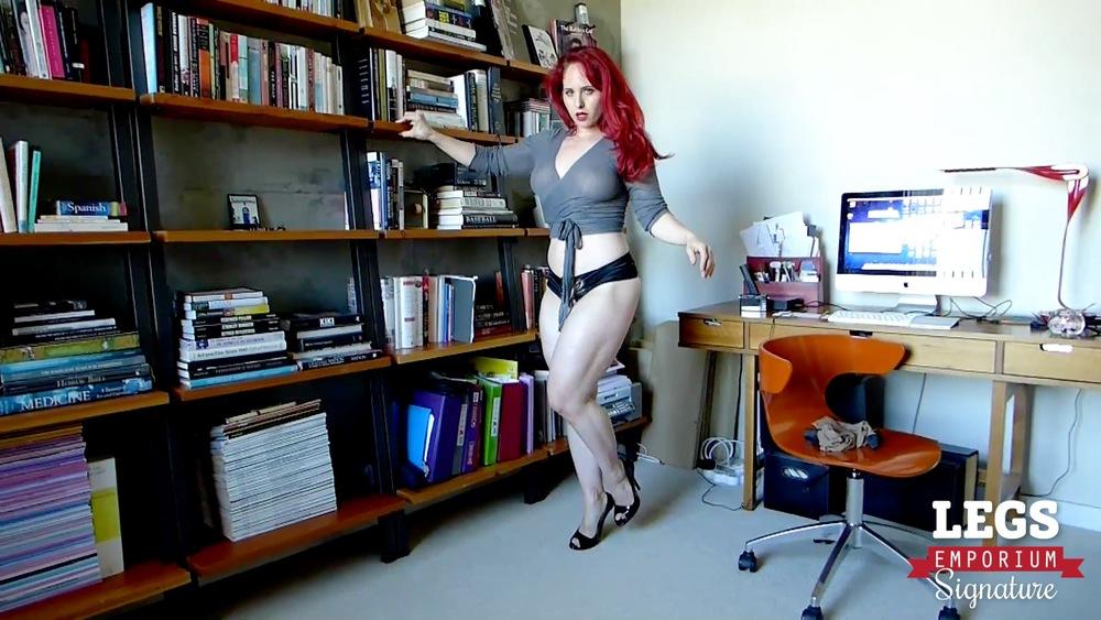 Andrea Rosu - Fishnet Stockings Legs Fetish 1 2.jpg