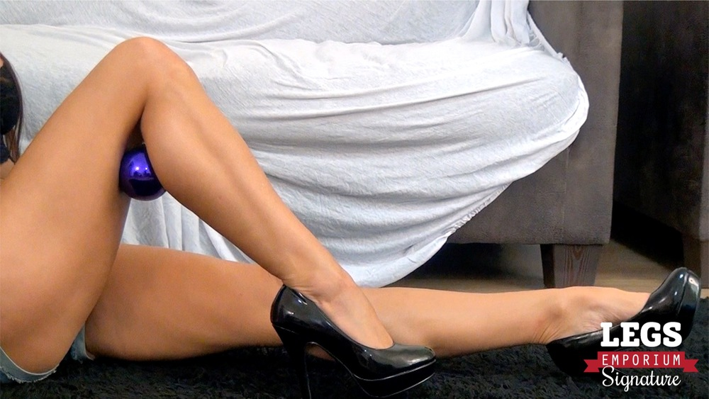 Stacy Silver - Calves Shape Supreme 5.jpg