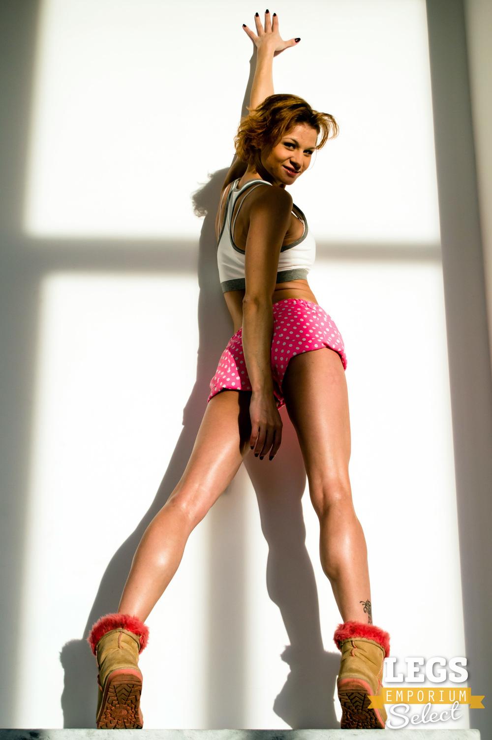 Legs_Emporium_Kaylee_410.jpg