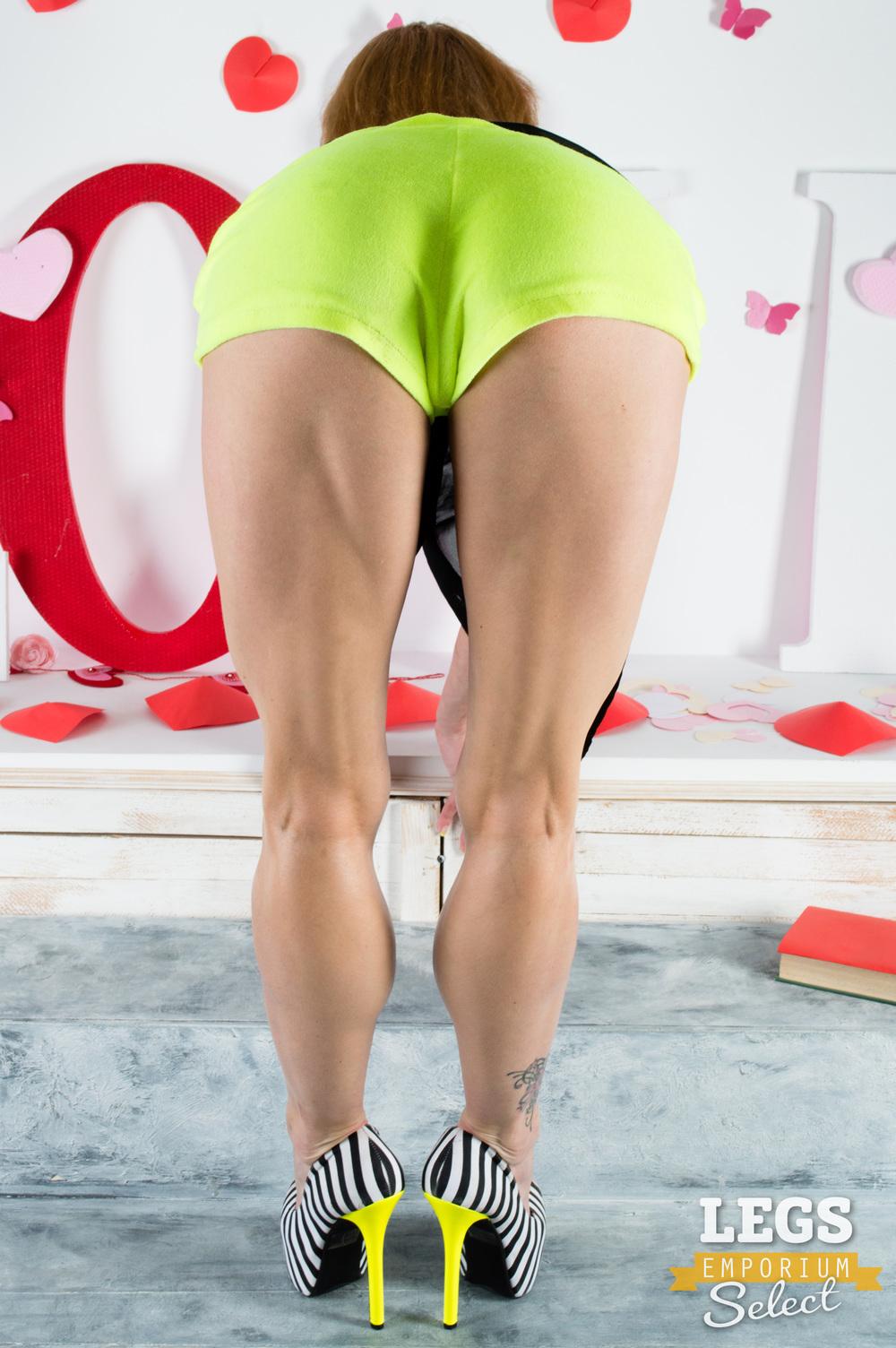 Legs_Emporium_Kaylee_019.jpg