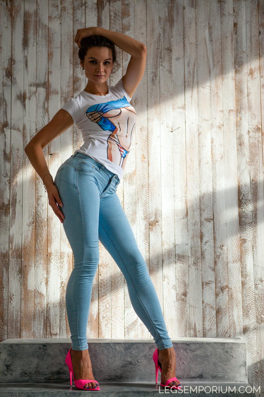 Legs_Emporium_Elena_117.jpg