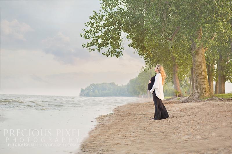 photographer Monroe MI, maternity, beach, sunset, newborn, precious pixel photography