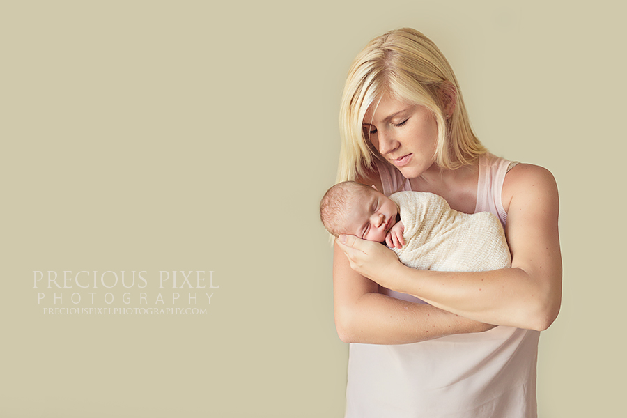 Precious Pixel Photography, Newborn photographer Detroit MI,  Southeast MI, family, baby, mother,