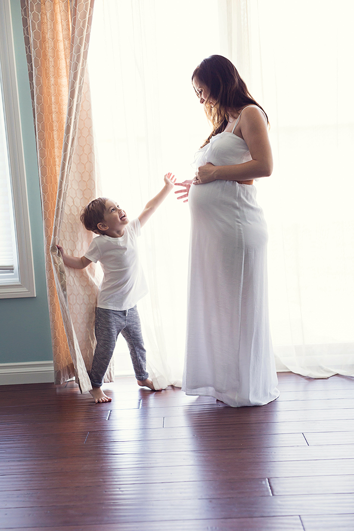 Maternity Photography, southeast MI Maternity Photographer, pregnancy photo ideas, baby photographer, detroit MI newborn photographer, Precious Pixel Photography
