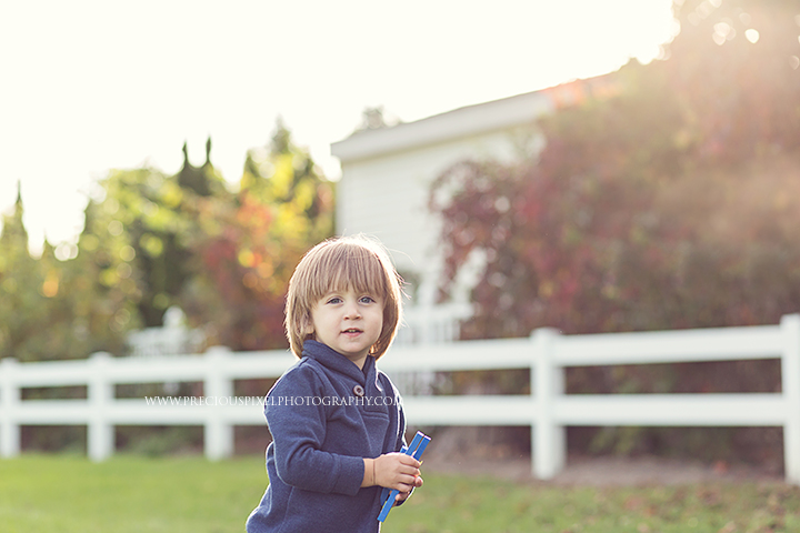 Southeast MI family photographer, Detroit family photography, photographer in Michigan,  kids, baby pic, family photo, Precious Pixel Photography