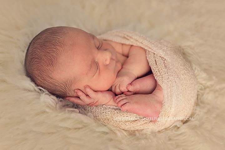 Precious Pixel Photography, Detroit newborn photographer, Baby photo, Rose Jesky,