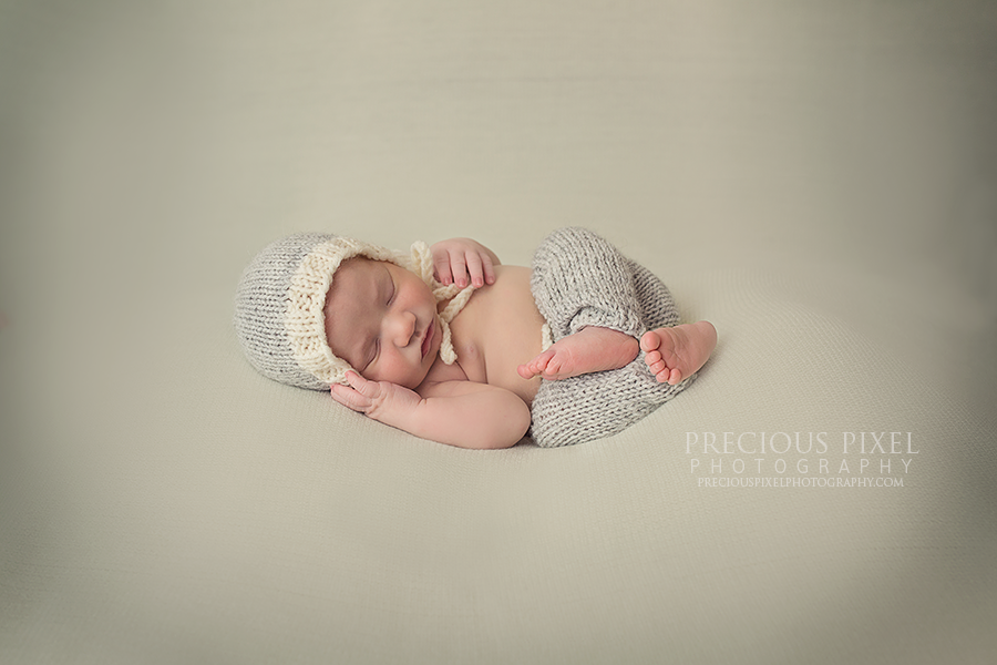 newborn photographer in michigan, Detroit MI area newborn photographer, baby pictures, newborn, Precious Pixel Photography, Rose Jesky, Family photography, ann arbor newborn photographer 2