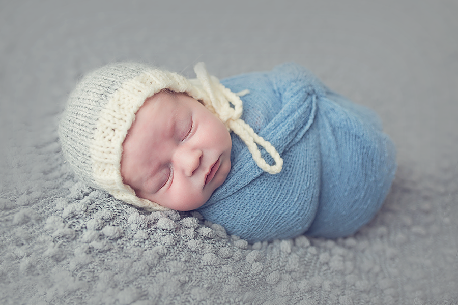 Newborn Photography, Photographer, Detroit MI, baby photos, newborn pictures, sibling photo shoot, Precious Pixel Photography, Rose Jesky, family photography