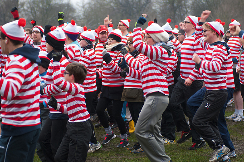 Richard Slater_PeopleinLondon_Where's Wally.jpg