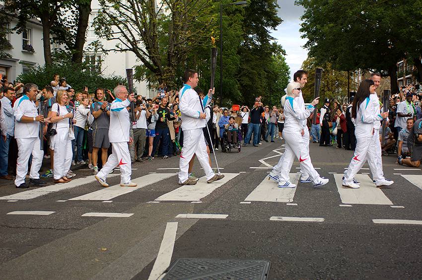 Richard-Slater_PeopleinLondon__Paralympic-torch-relay.jpg