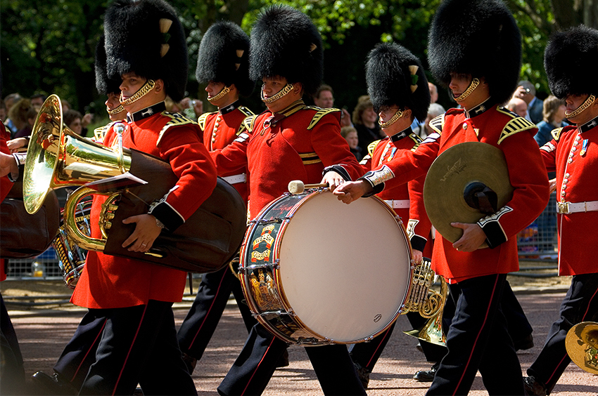 Richard-Slater_PeopleinLondon__Trooping-the-colour.jpg